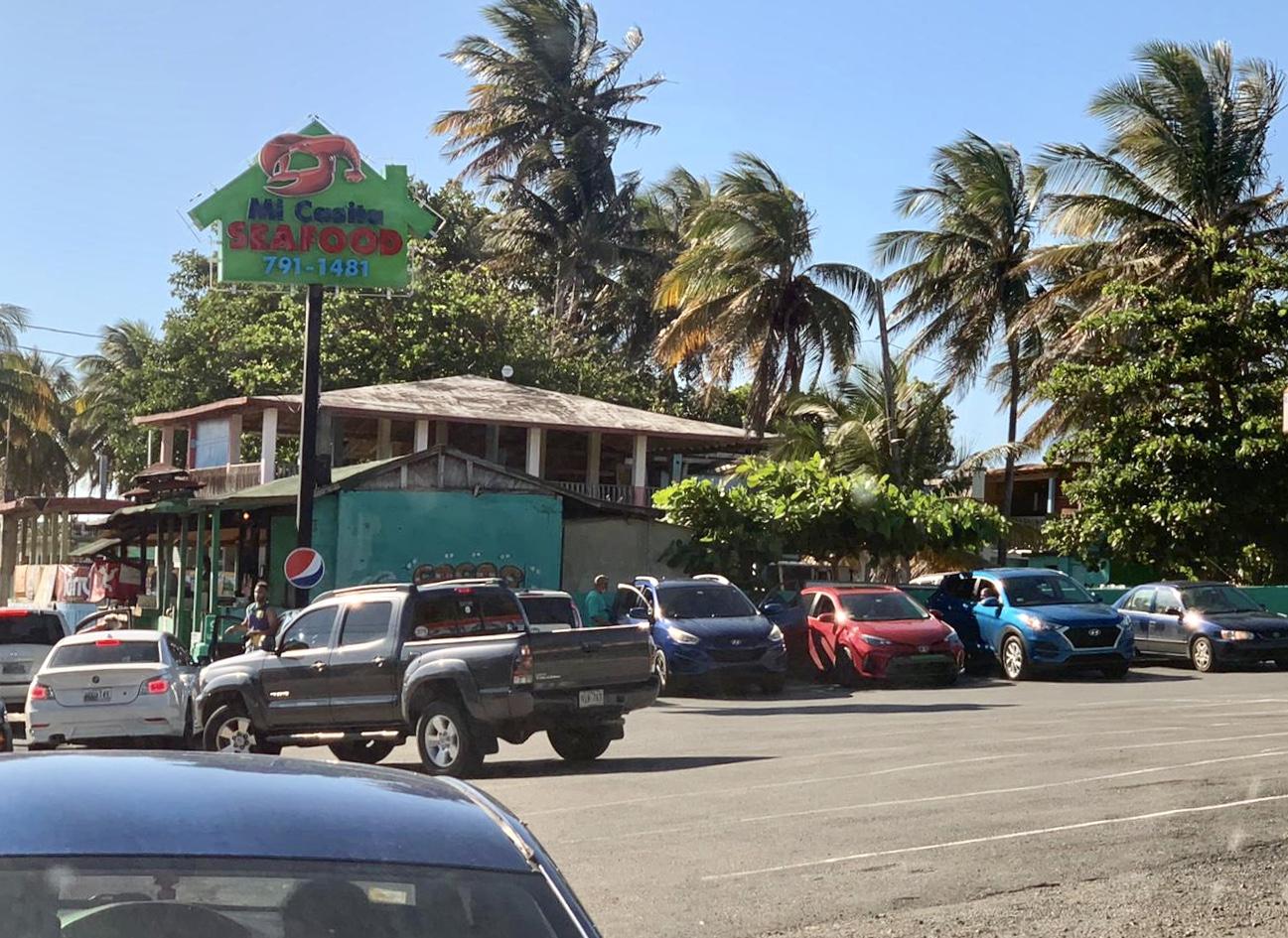 Comerciantes de Piñones critican plan de la Policía en la zona