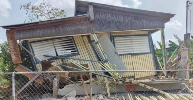 Colapsa residencia en Lajas con el temblor de esta mañana