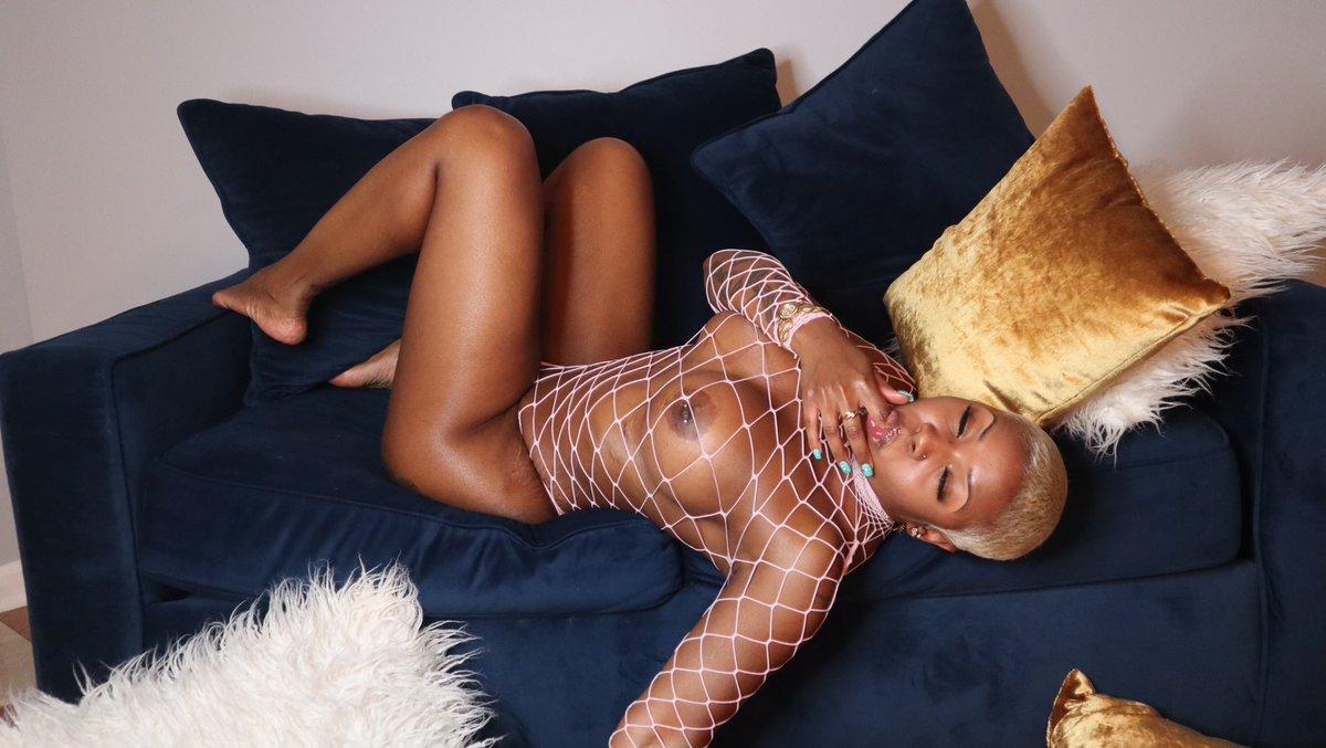 QueenSavageDoll-nude.jpg