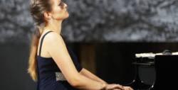 """Клавирният рецитал на Мария-Десислава Стойчева """"Пиано екстраваганца"""" - на 12 Февруари"""