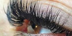 """Боядисване на вежди с къна Brow Henna, ламиниране на мигли или удължаване по метода """"косъм по косъм"""""""