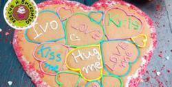 """Сладко изкушение за Свети Валентин! Мини торта """"Червено кадифе"""" или бисквита """"Медено сърце"""""""