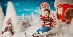 Празнична детска фотосесия в студио с 10 обработени кадъра