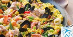 Вкусно хапване на брега на морето! Салата и основно ястие, по избор
