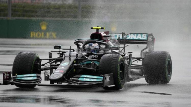 """La Mercedes ha molti """"punti interrogativi"""" sul suo motore a seguito della seconda penalità di fila di Valtteri Bottas ricevuta a Sochi."""
