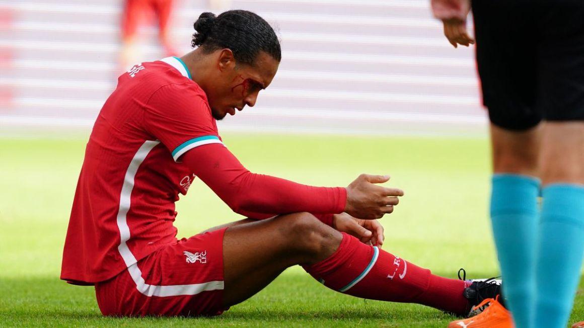 Jurgen Klopp plays down fears after Virgil van Dijk injury - Eurosport