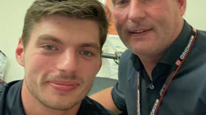 Max et Jos Max Verstappen (Red Bull) à l'hôpital de Coventry le 18 juillet 2021