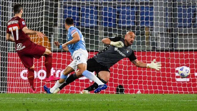 Roma-Lazio, gol di Mkhitaryan