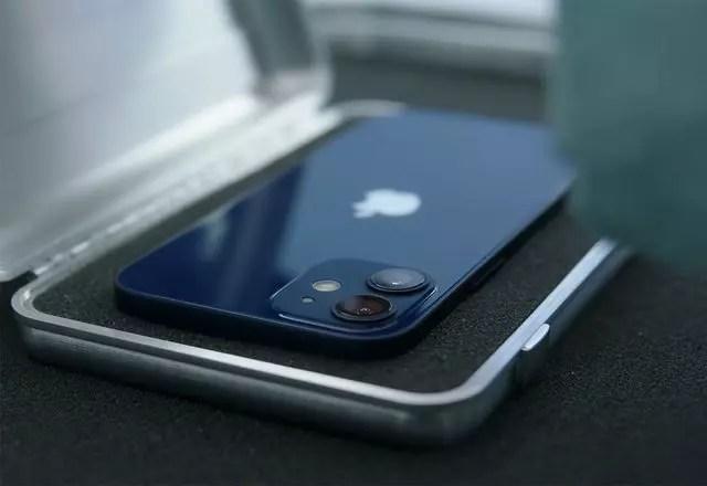 iPhone 14 mini