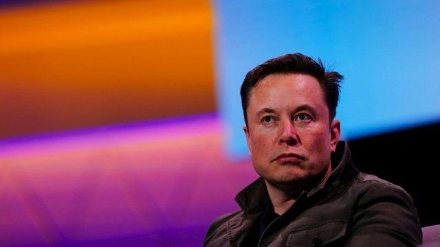 Tesla ve SpaceX'in kurucusu Elon Musk Clubhouse'a katıldı.