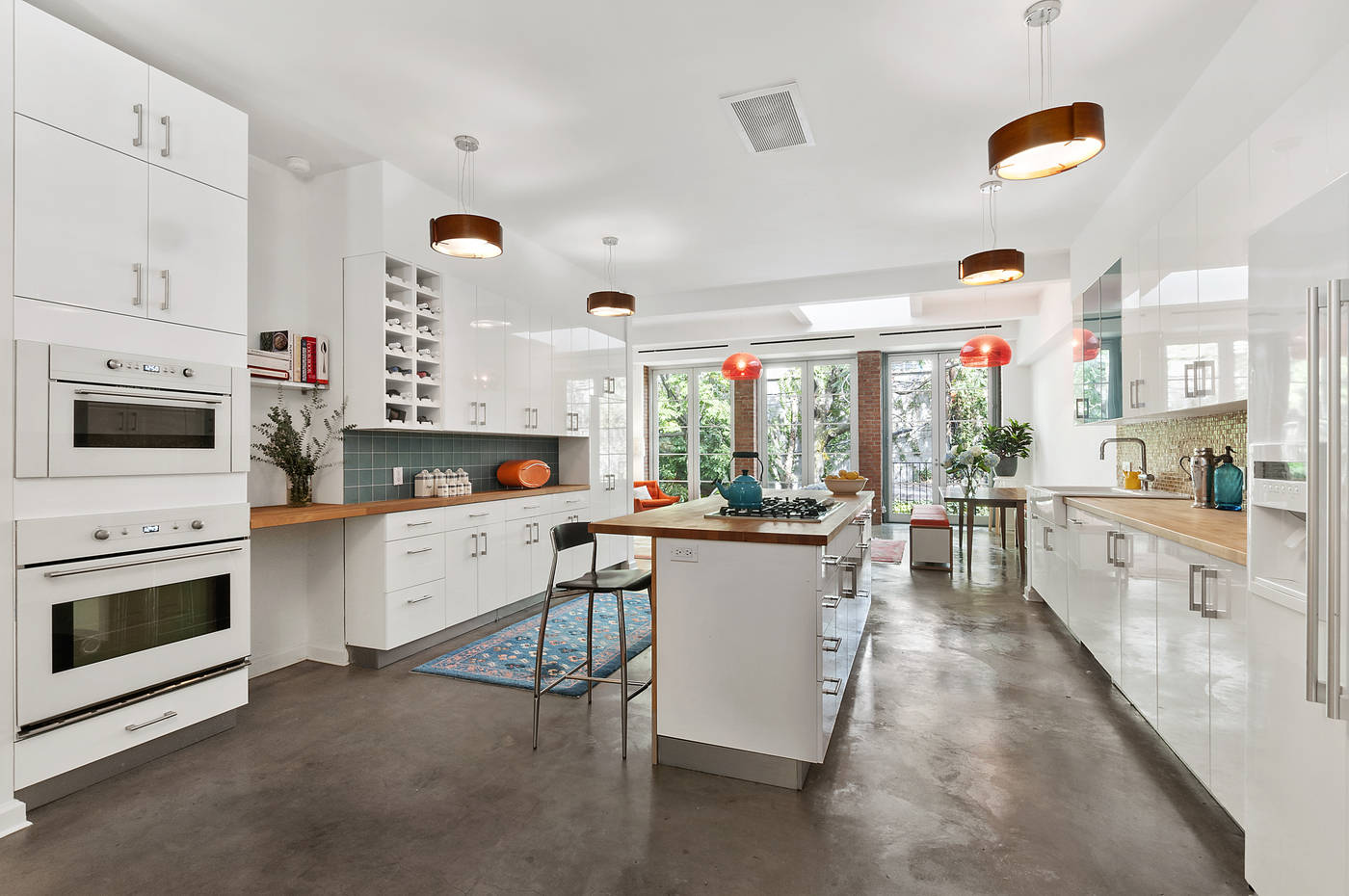 Big, Bright And Modern Boerum Hill Townhouse Has It All