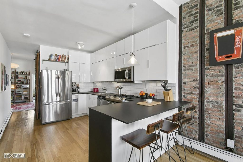 Old And New Meet At This 1 4m Greenpoint Duplex With
