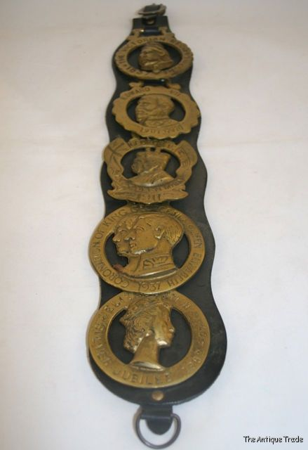 Vintage horse Martingale 5 Kings and Queens brasses