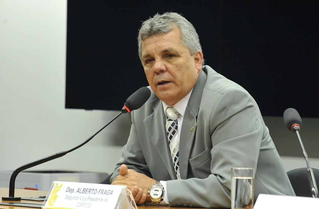 Comisso de Segurana aprova porte de arma para advogados