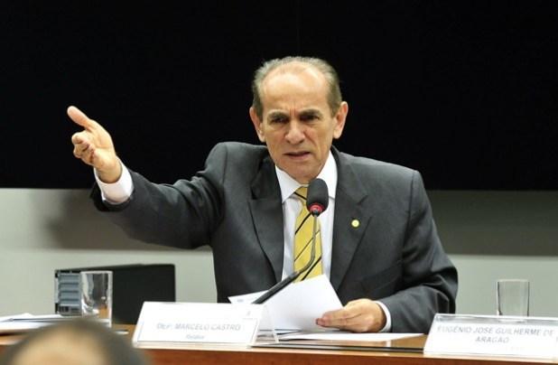 Ministro da Sade diz que mulheres so mais suscetveis ao zika vrus pois ficam de perna de fora