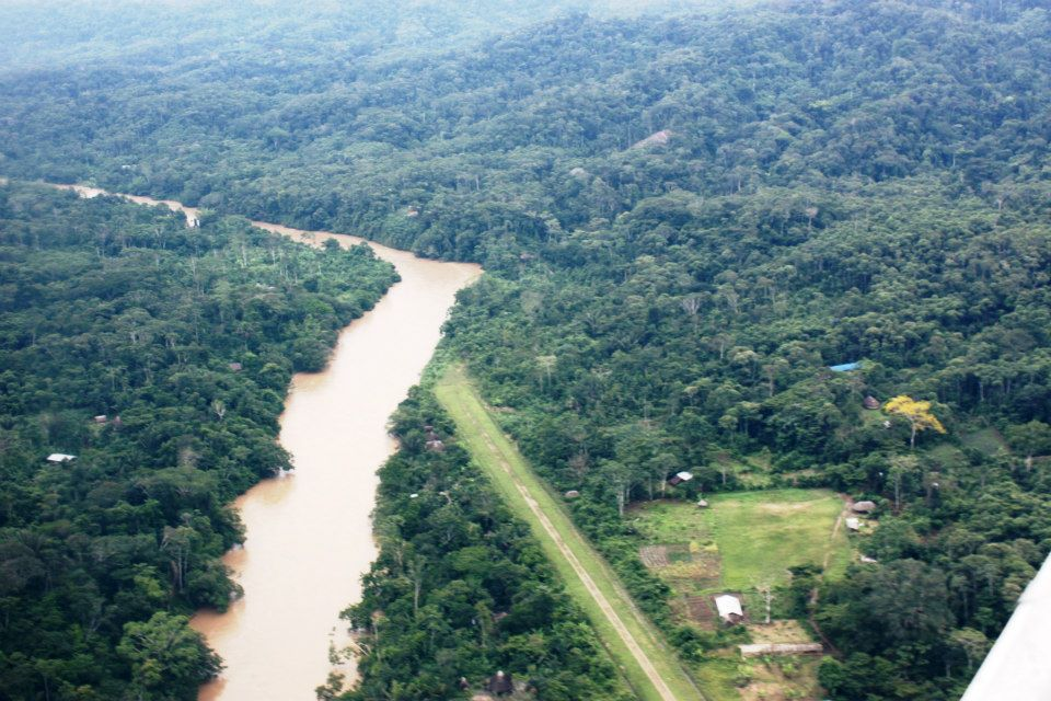 Aerial view of the Sarayaku territory, located in the Ecuadorian province of Pastaza. Photo by Carlos Mazabanda.
