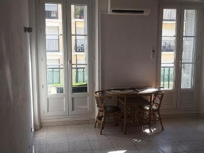 Appartements      Boulevard National  Marseille  Lofts      louer          Appartement en location  Marseille 03