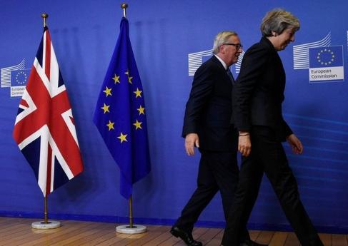 Deputados britânicos rejeitam todas as opções de saída da União Europeia