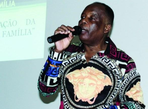 Actuação comovente de Robertinho no Kilamba