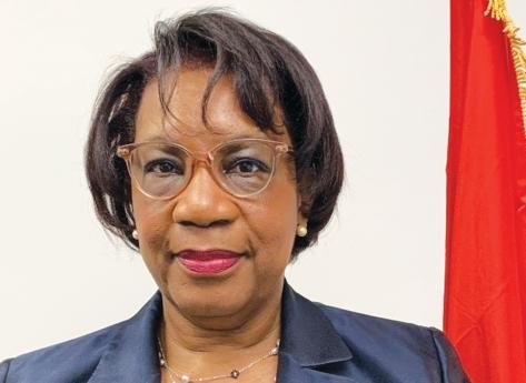 Angola assume hoje a vice-presidência