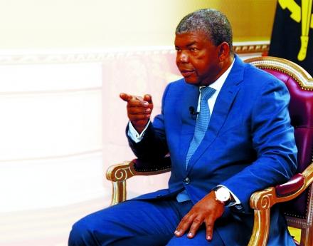 Presidente admite ter encontrado dificuldades quando assumiu o cargo