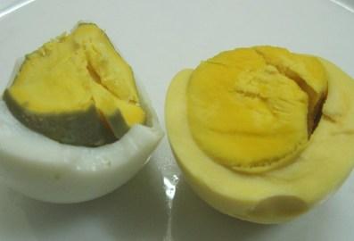 Trứng gà lạ xuất hiện ở Hà Nội?