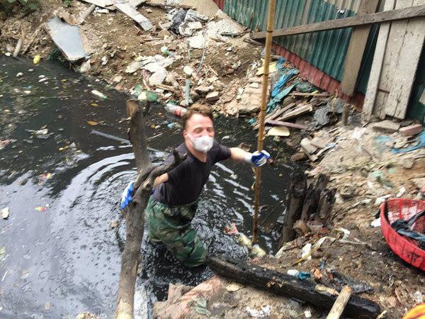 khách Tây, rác, dân Việt, facebook, Nguyễn Khang, bảo vệ môi trường