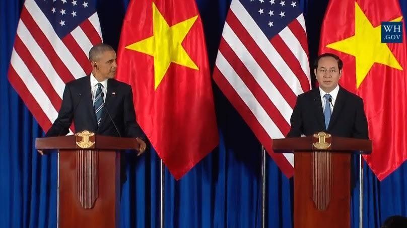 tổng thống Obama thăm Việt Nam, dỡ bỏ cấm vận vũ khí
