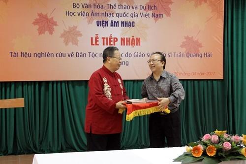 Giáo sư Trần Quang Hải, giáo sư Trần Văn Khê