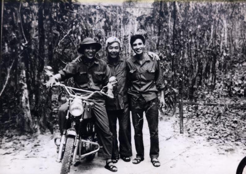 30-4-1975, ngày 30 tháng 4, đất nước thống nhất