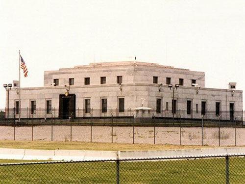 hầm vàng, kho vàng, kho vàng lớn nhất thế giới, hầm vàng tỷ usd, Hầm vàng Fort Knox