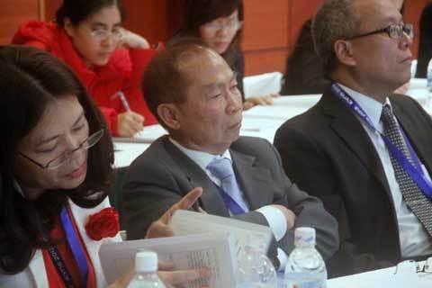 Việt - Mỹ, đối tác chiến lược, GS Nguyễn Mạnh Hùng, Việt Nam học, Hilary Clinton