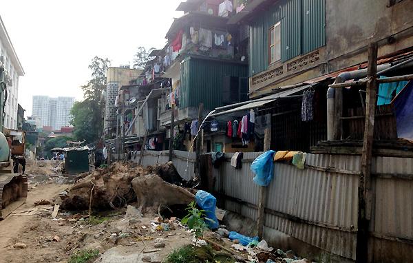 Hà-Nội, đường-ống, nước-thải, khu-tập-thể, ô-nhiễm, mất-vệ-sinh, người-dân, kêu-cứu,