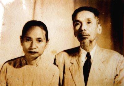 Nhà văn, nhà báo, Phan Khôi, tổng biên tập