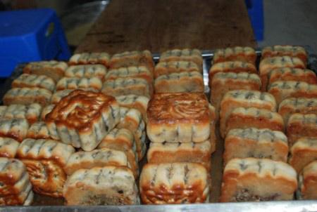bánh-trung-thu, cổ-truyền, truyền-thống, Hà-Nội, rằm, ngoại-nhập,  hiện-đại, bánh-nướng, bánh-dẻo