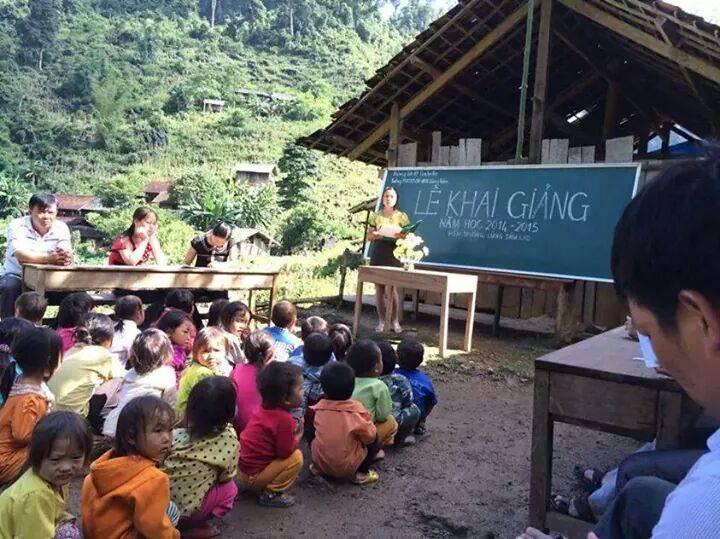 khai giảng, toàn dân đưa trẻ đến trường