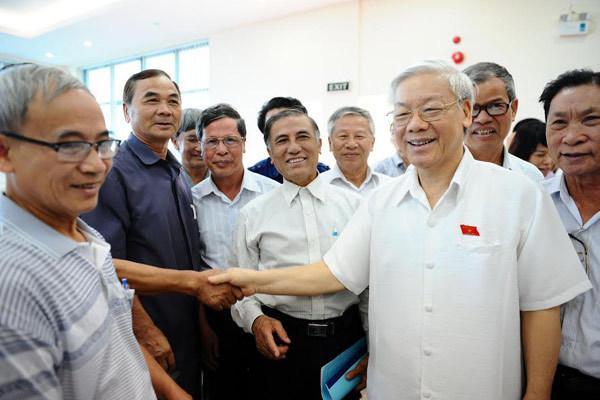 Tổng bí thư, Nguyễn Phú Trọng, tham nhũng, luân chuyển, lãng phí, kinh tế biển, giàn khoan, TQ