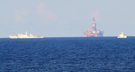 Biển Đông, Mỹ, giàn khoan 981, Trung Quốc, tự do hàng hải, Unclos, EEZ, thềm lục địa. DOC, COC, ASEAN