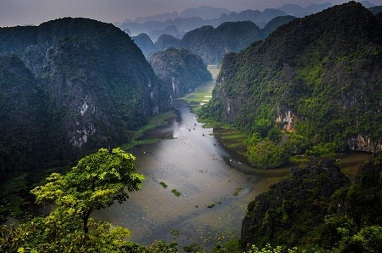 Ninh Bình, thắng cảnh, lễ trao bằng, cảnh đẹp