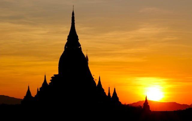 láng giềng, Việt Nam, kinh tế, phát triển, nợ công, USD,  Angkor, Hồi giáo