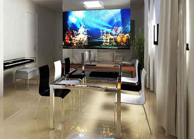 O uso da TV retrátil foi uma proposta do projeto da decoradora e arquiteta, Izabel Souki, que protagonizou a peça no ambiente (Izabel Souki Engenharia e Projetos/Divulgação)