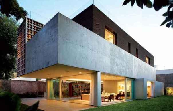 Casa Sumaré (SP) possui concreto aparente e setorização sinalizada em blocos de diferentes materiais (Reprodução internet/lauraboechat)