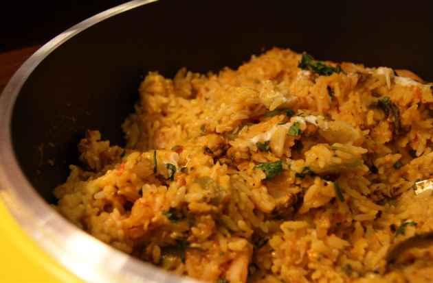 Risoto de frutos do mar servido no buffet do almoço  (Camila Souza/DP/D.A Press)