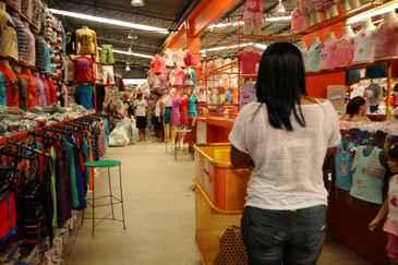 Cerca de quatro mil comerciantes serão beneficiados diretamente com as obras. Foto: Blenda Souto Maior/DP/D.A Press
