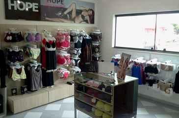 Hope Sob Medida utiliza espaços dentro de lojas de varejos, em forma de parceria. Foto: Divulgação
