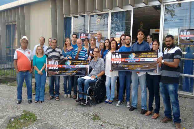 Servidores do INSS protestaram no Recife e em mais três cidades do Interior de Pernambuco contra a extinção da Previdência Social. Foto: Sindsprev-PE/Divulgação