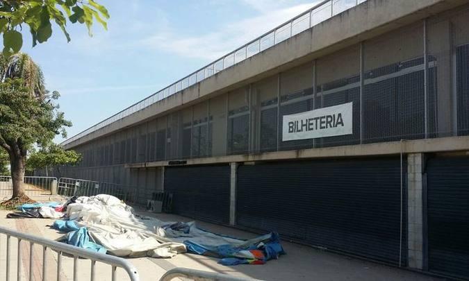 Estrutura inflável do brinquedo está em área isolada, em frente a bilheteria do estádio. Foto: Paulo Filgueiras: EM/D.A Press