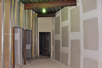 Obras ficam mais organizadas e limpas, sem os entulhos dos métodos construtivos convencionais (Eduardo Almeida/RA Studio)