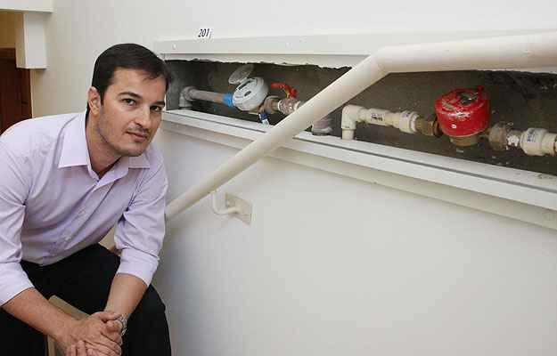 Diretor da Construtora Valle Ribeiro, Igor Ribeiro diz que o medidor individual pode pesar na decisão de compra do imóvel (Edésio Ferreira/EM/D.A Press )