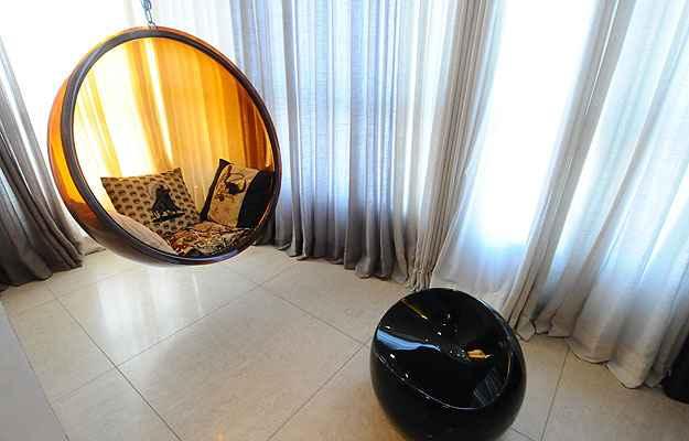 Na varanda, a Bubble, clássico do design, convida a momentos de relaxamento (Euler Junior/EM/D.A Press)